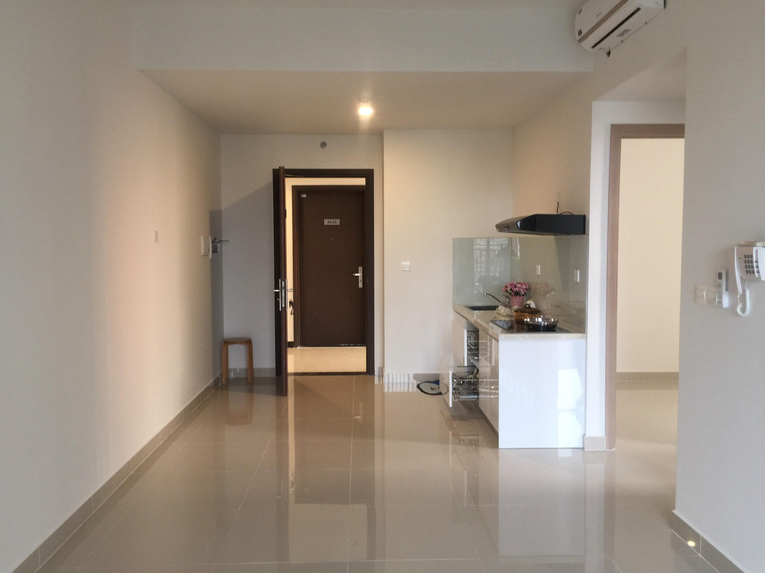 Căn hộ Officetel Sunrise Cityview làm Văn phòng đã chia làm 2 phòng - ID 010017