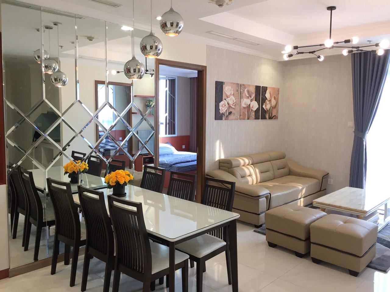 Cho thuê 3 phòng ngủ Vinhomes Central Park - ID 010125