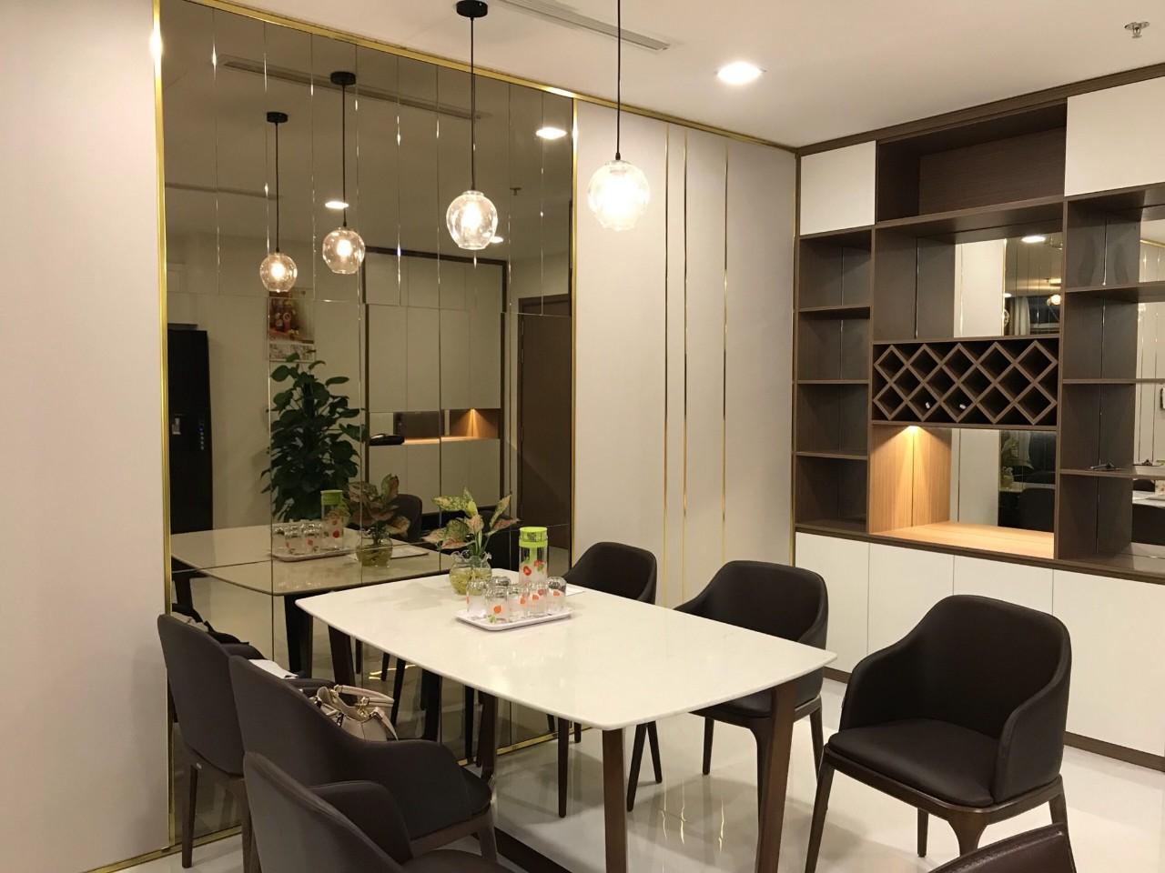 Cho thuê 3 phòng ngủ Vinhomes Central Park - ID 010133