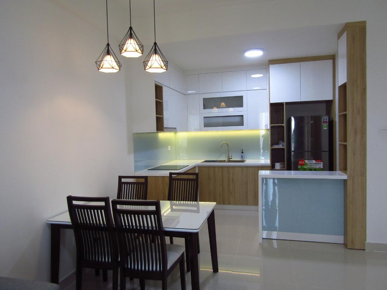 Cho thuê 2 phòng ngủ The Sun Avenue - ID 010049