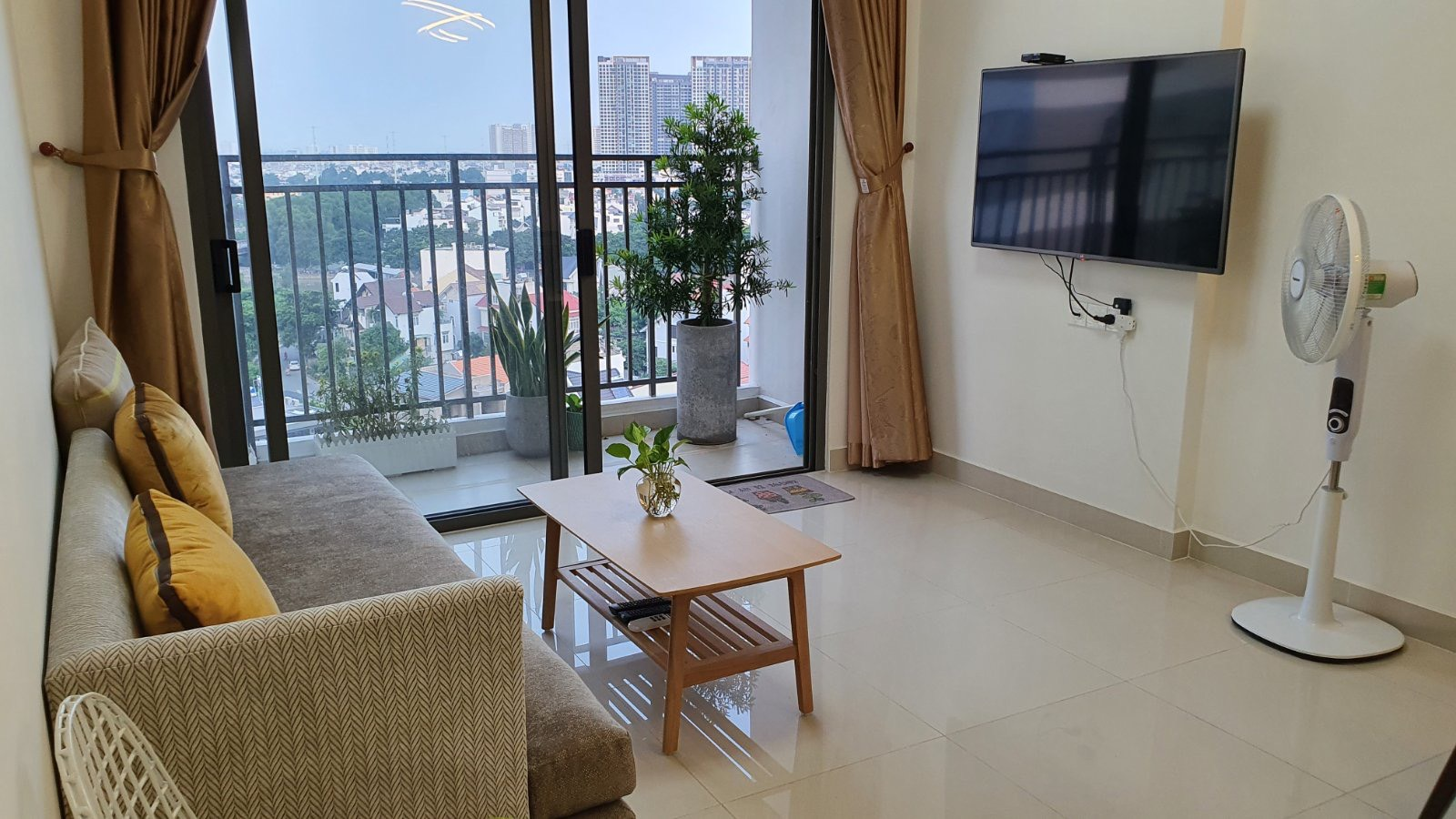 Cho thuê 3 phòng ngủ The Sun Avenue - ID 010234