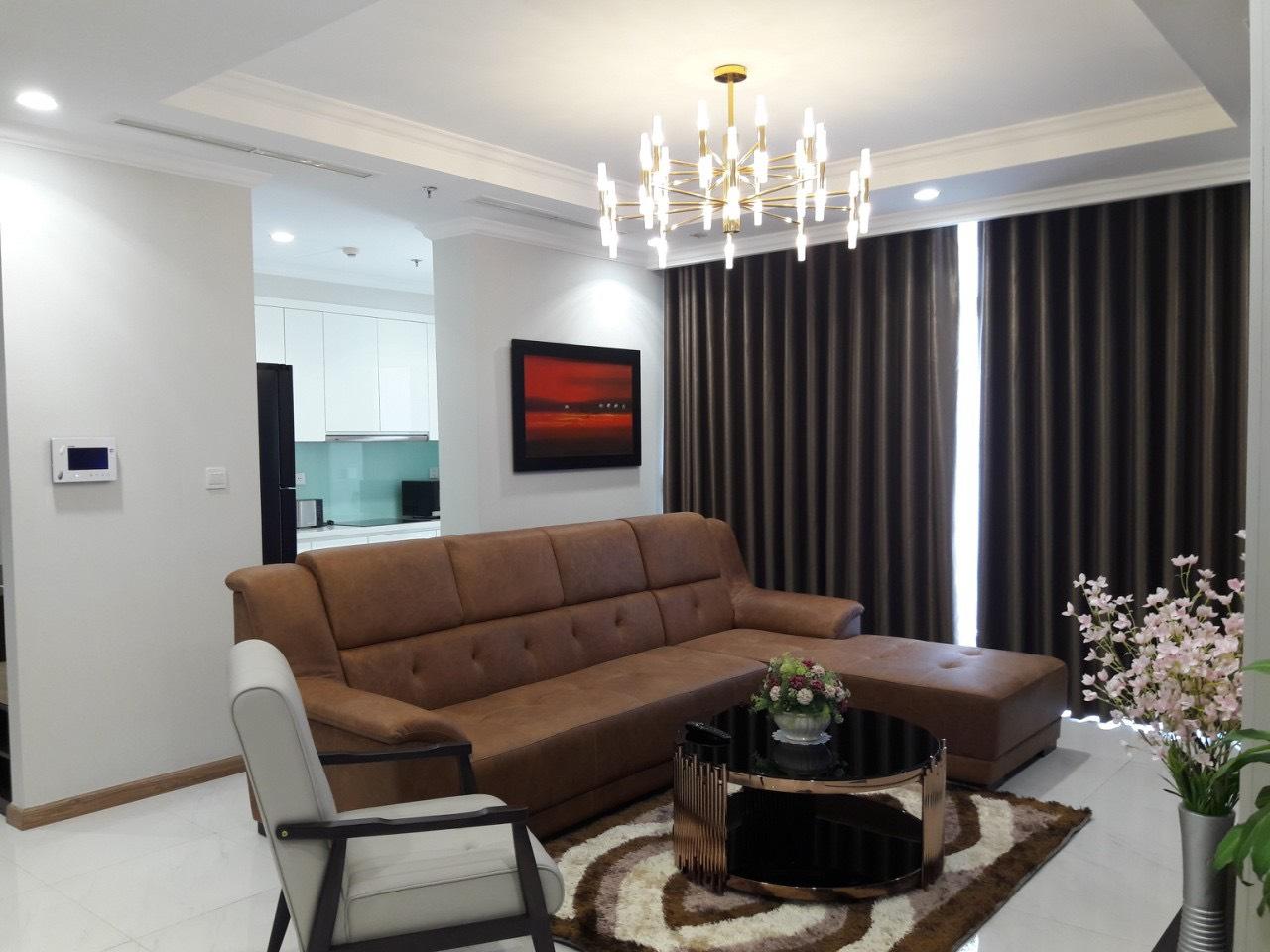 Cho thuê 4 phòng ngủ Vinhomes Central Park - ID 010130