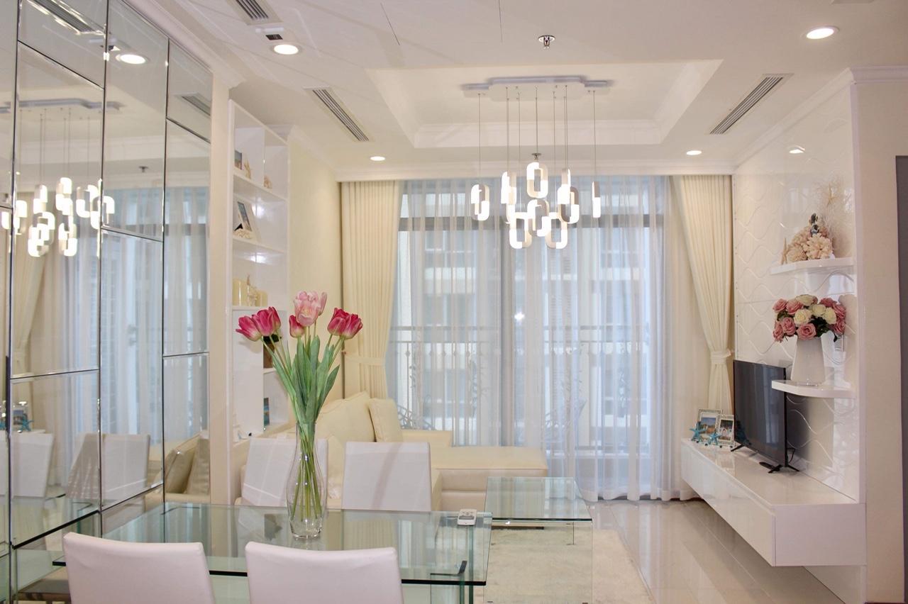 Căn hộ 2 phòng ngủ nội thất đẹp Vinhomes Central Park - ID 010024