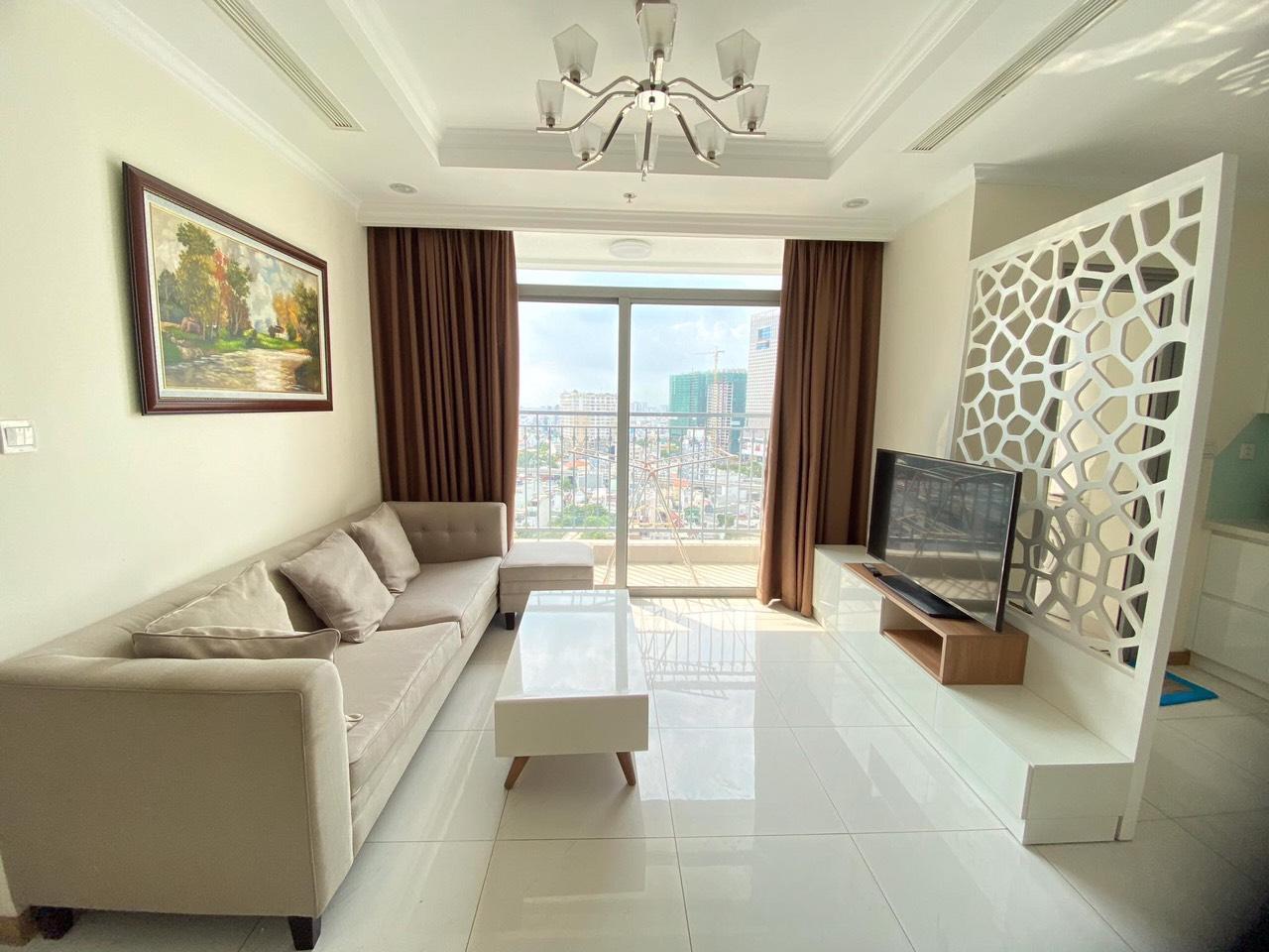 Cho thuê 3 phòng ngủ Vinhomes Central Park - ID 010129