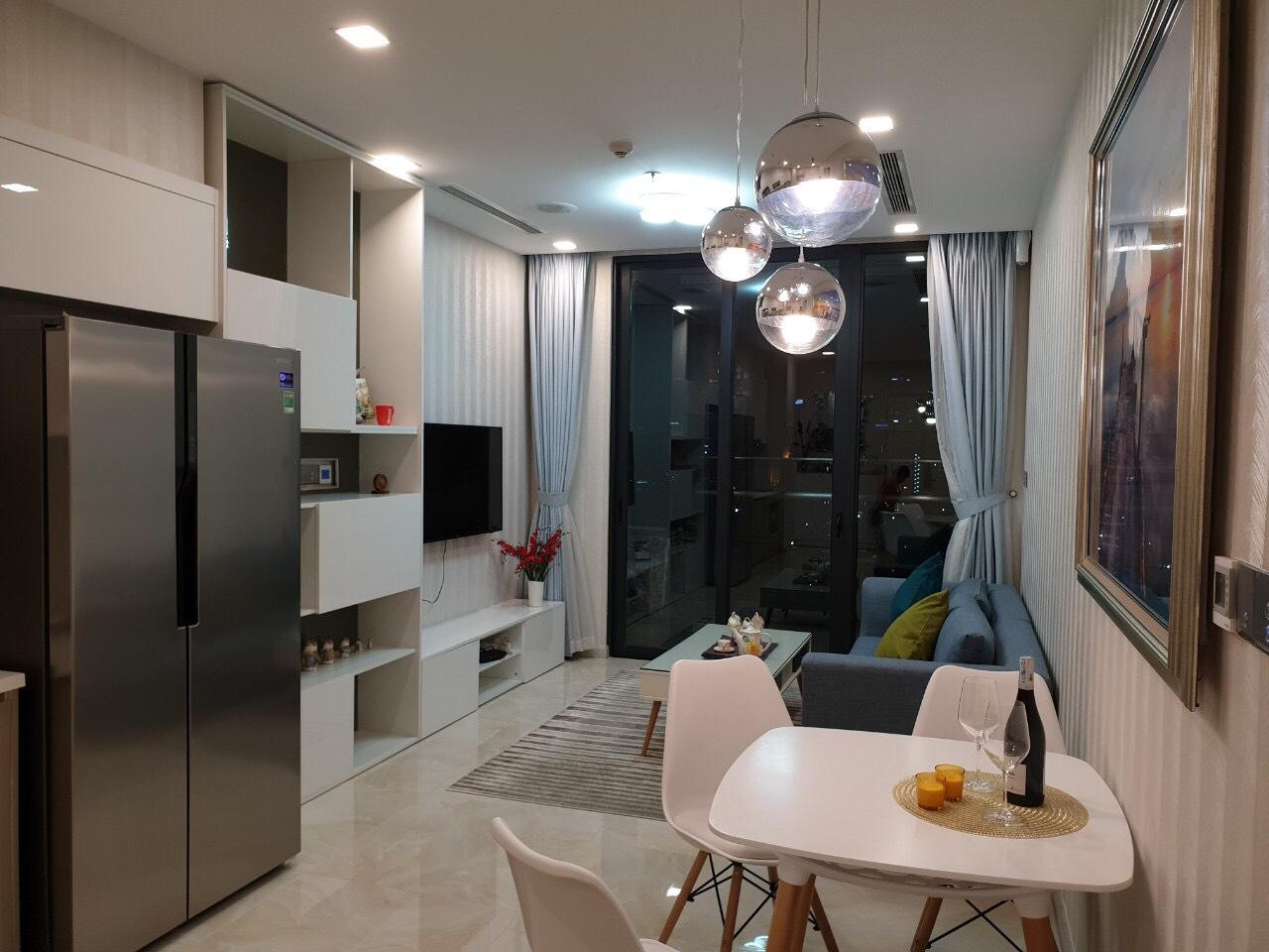 Cho thuê 1 phòng ngủ Vinhomes Golden river - ID 010105